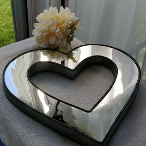 Large Metal and Mirrored Heart Decoration